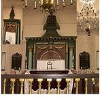 ארון הקודש בבית הכנסת בכפר בתיה